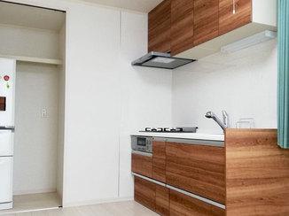 キッチンリフォーム 外観もすっきりスマートに仕上げる2階へのキッチン新設
