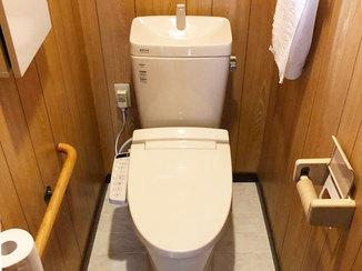 トイレリフォーム スッキリしたデザインで空間が広くなったトイレ