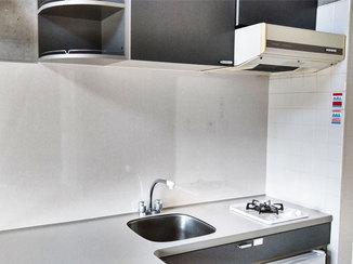 小工事 油よごれに強い、清掃性にすぐれたキッチンパネル